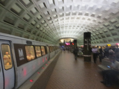 [Washington DC]Washington DC Metro station design - shows good direct one line over another interchange with lifts between central island platforms